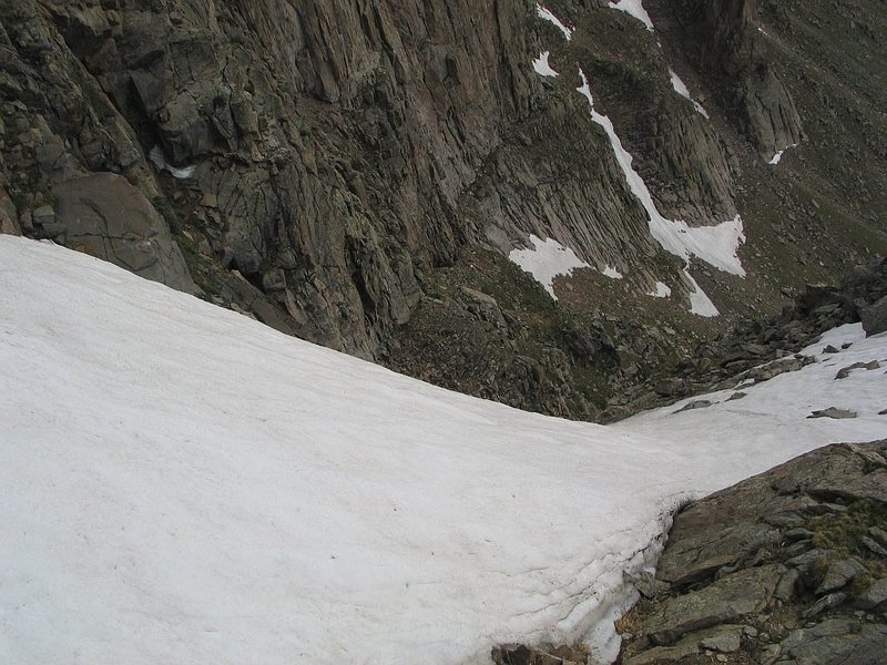 Approach gully, Tan Buttresses.