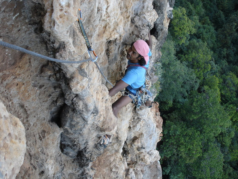Rock Climbing Photo: Dut nearing the anchor at the top of the 2nd pitch...