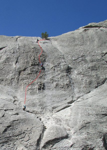 Climbers on Cowgirl Route; sketch shows general line of ascent, but there is a lot of leeway in the line followed.