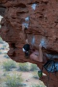 Rock Climbing Photo:  Taylor Apple on pinching bird shit