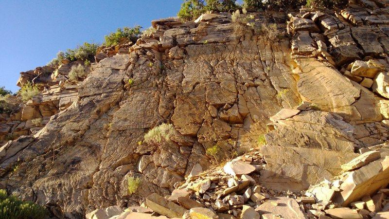 Rock Climbing Photo: Quarry Mountain - California Wall (west)