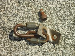 "Rock Climbing Photo: Sketchy hardware from the P1 anchor on ""Goldl..."