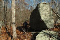 Rock Climbing Photo: Cove Road Erratic