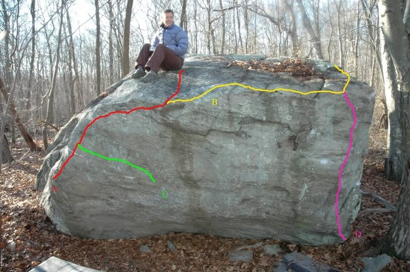 Rock Climbing Photo: Queen Boulder