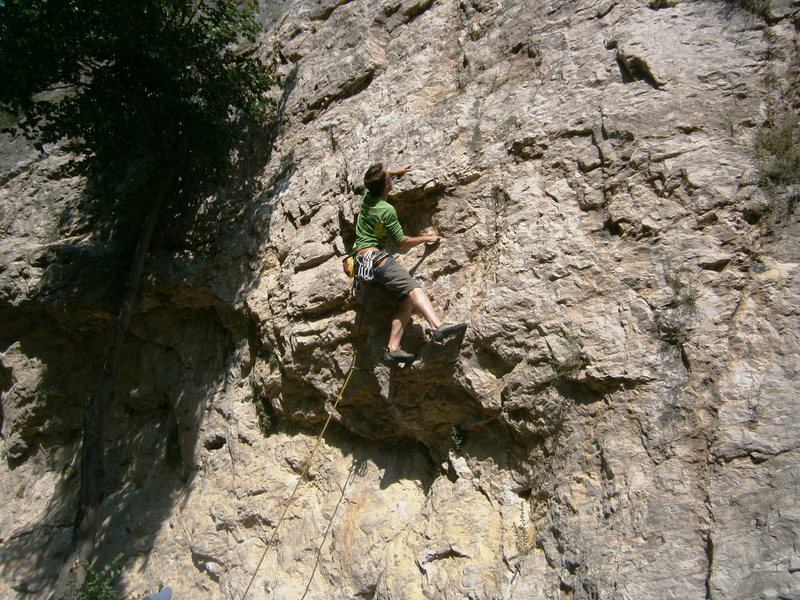 Rock Climbing Photo: Moving up pass the crux...difficulty eases off aft...