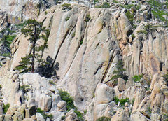 Rock Climbing Photo: Upper formation on the east ridge of Ladron Peak, ...
