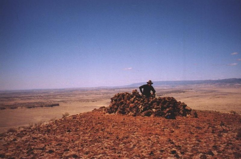 Rock Climbing Photo: Cerro Cabezon summit cairn/shelter.