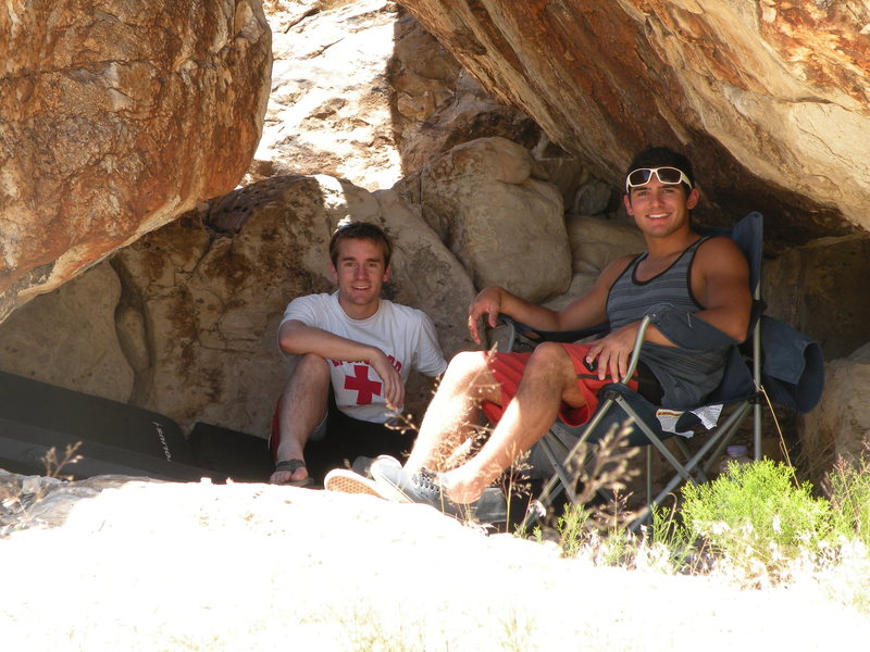 Chilling in Ibex under the rocks at Stagger and Lurch area.  Gotta get out of the sun sometimes