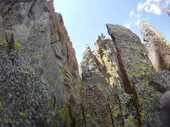 Rock Climbing Photo: Typical rock on the way to Galey. The quality impr...
