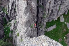Rock Climbing Photo: Brenda works up to the saddle between Grace Note a...