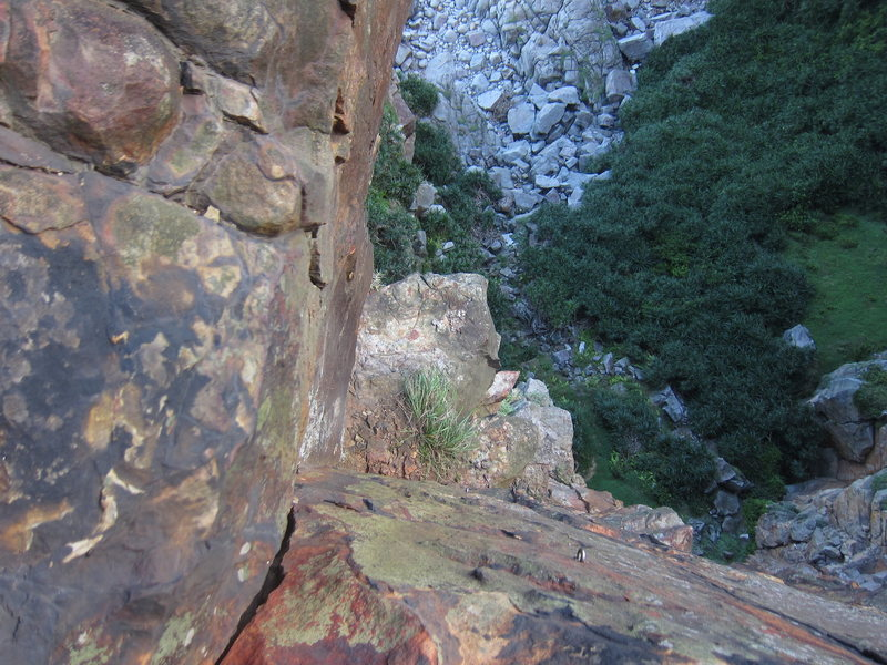 Rock Climbing Photo: Looking down the stellar tips crack from the ancho...