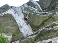 Eric Januszkiewicz at the second crux (the spectacular roof).
