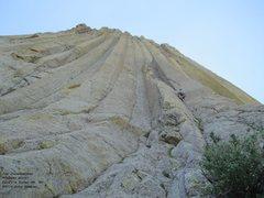 Rock Climbing Photo: Jon in the hand crack