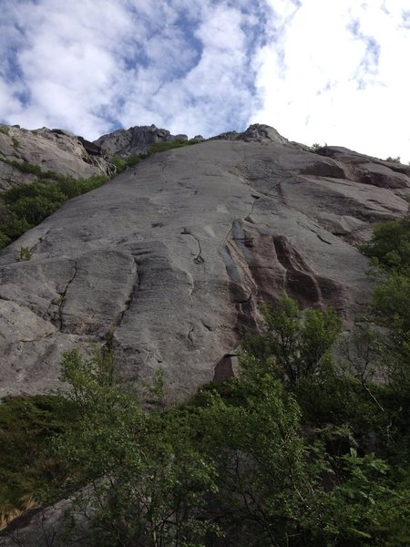 Rock Climbing Photo: The cracks of the first pitch can be seen here, fo...