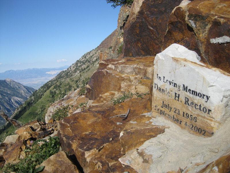 Rock Climbing Photo: Memorial on the S. Ridge of Mt. Superior