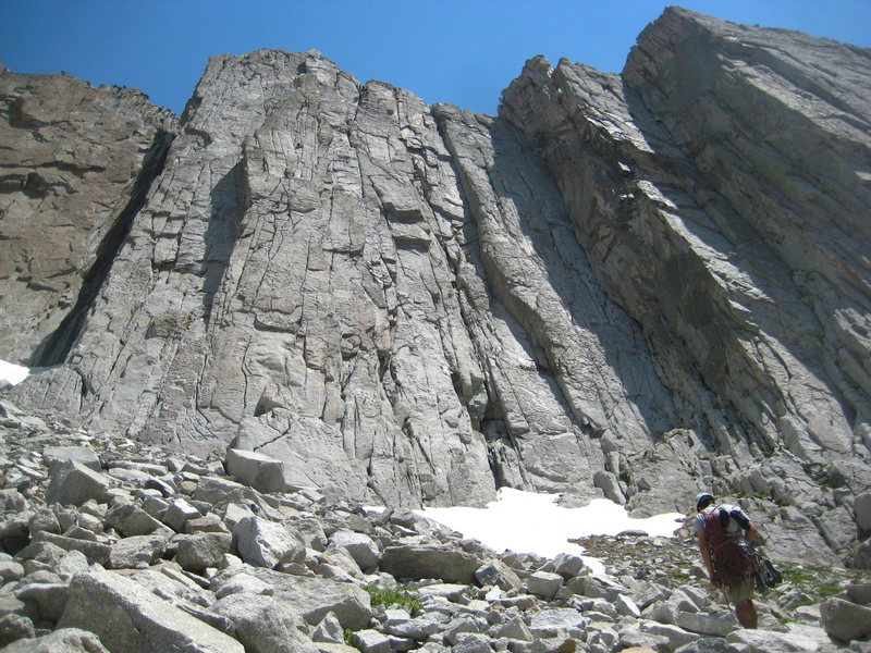 Final approach for Center Thumb in Lone Peak Cirque