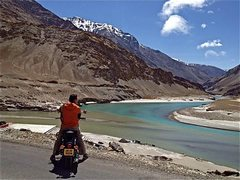 Rock Climbing Photo: Ladakh, India:  Where the Zanskar and Indus rivers...
