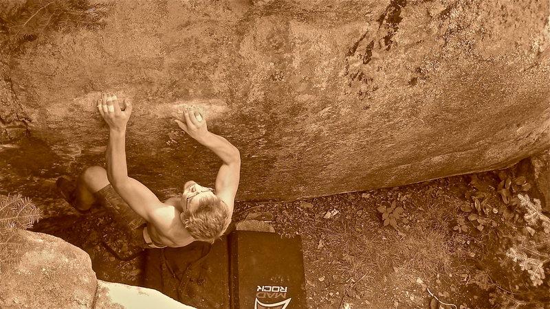 Rock Climbing Photo: Set up for the final toss
