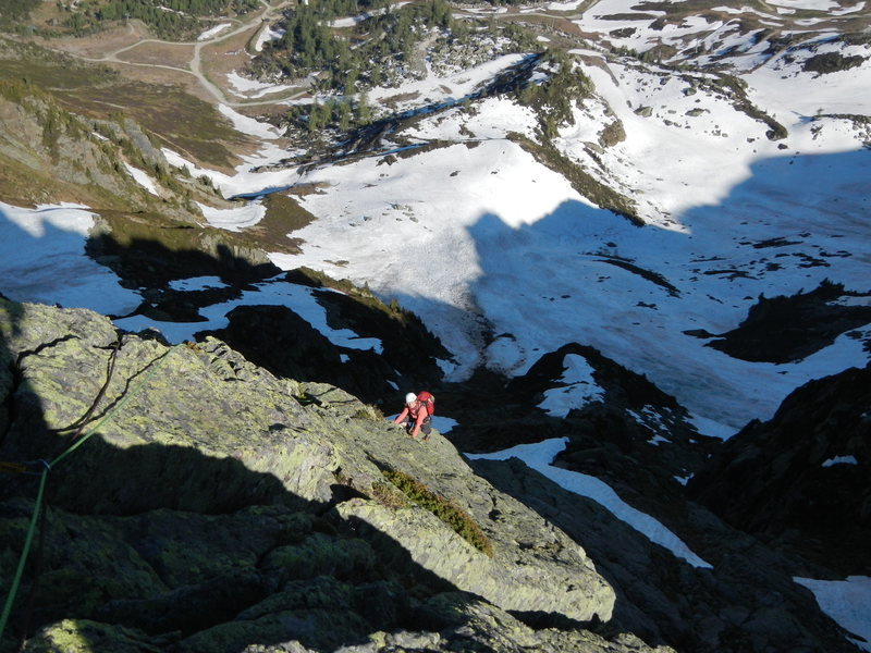 Climbing to the top of the subsidiary gendarme (pitch 7)