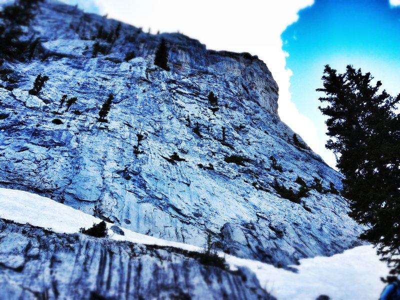 Rock Climbing Photo: Frazier Lake Buttress