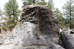 Rock Climbing Photo: Muffin Top Boulder West Face Topo
