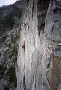 Rock Climbing Photo: Me on the pitch 4 finger crack. From 1987, second ...