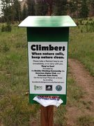 Rock Climbing Photo: New Wag Bag Dispenser at Staunton Rocks. Courtesy ...