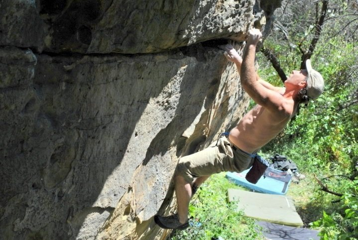 Tony Bechio warming up on the V1 Traverse