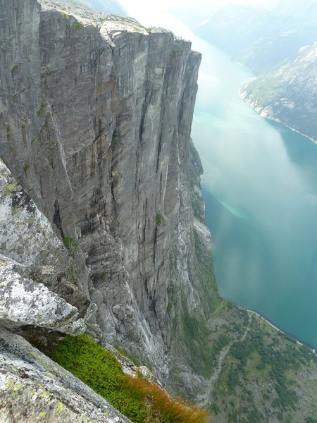 Kjerag from Nesatind