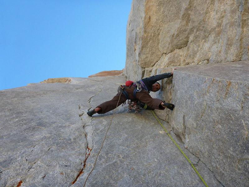Rock Climbing Photo: Randy Leavitt on pitch 4, SunSpot Dihedral (11b), ...