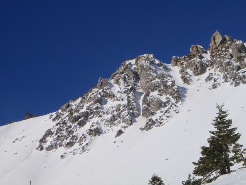 Route goes straight up the middle of that buttress.
