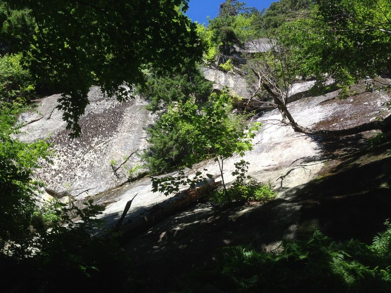 Rock Climbing Photo: This is a smaller wall further NE than the premari...