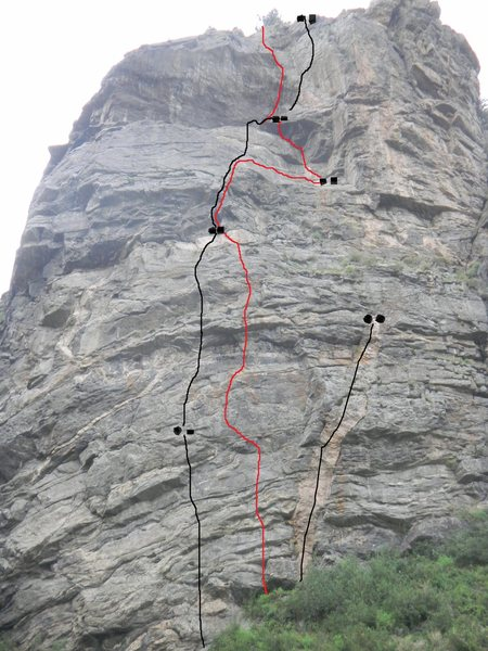 Route topo. Wild Child is the left line, Eye of the Beholder is the red line, Challenger is right line.