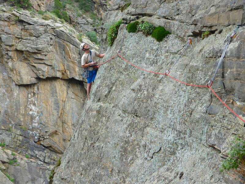 P2 traverse after leaving W.C. at the 5th bolt.