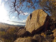Rock Climbing Photo: V-Easy semi high ball.