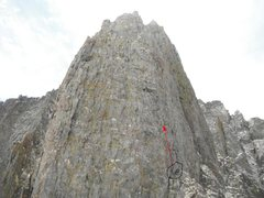 """Dark Star Pitch 10 and 11 start here. Nice belay seat with back rest mark the beginning. We read that many parties had not found the described 5.8 Perfect Hands to 10a Roof. The way we went looked like the hand drawn topo.  But the ratings were more like 10a to 10b.  100'/pitch.  We were going to combine those two but the """"easy"""" pitch caught us off guard.  :)"""