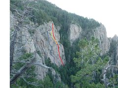 Rock Climbing Photo: El Paisano - rough location of routes and variatio...