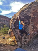 Rock Climbing Photo: Kylie crushin' it with a textbook twistlock.