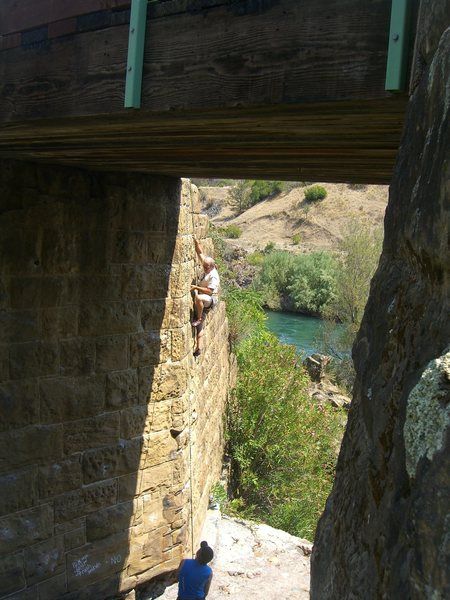 Rock Climbing Photo: A day with the in-laws; Rock Creek Bridge, Redding...