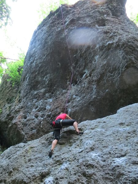 Here, Fanny is getting to the little ledge, with about 8 feet still to go before the 1st bolt.