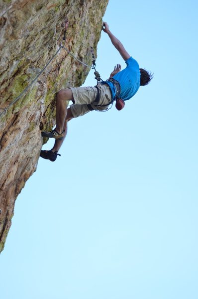 Rock Climbing Photo: Alex McIntyre high on The Pub Crawl on the FA.  Ph...