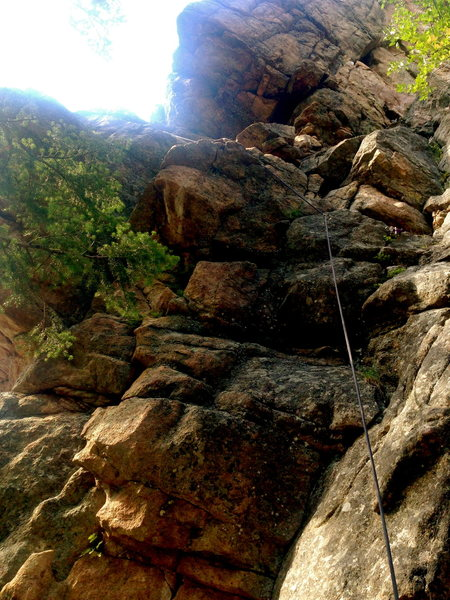 Rock Climbing Photo: Approach pitch- around corner to bolts
