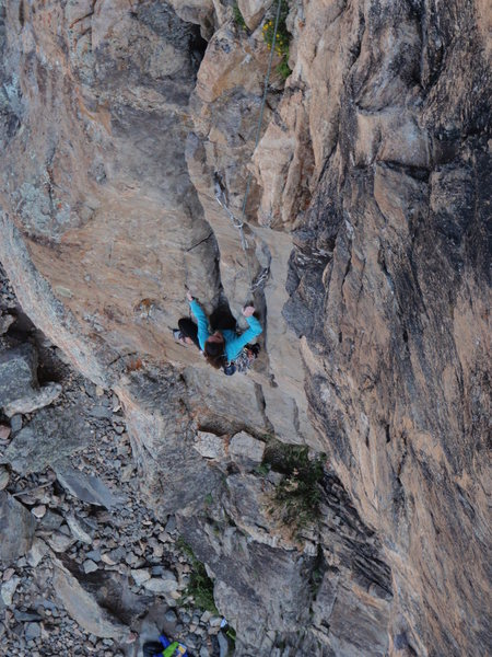 Rock Climbing Photo: Tracie cleaning Twin Cracks.