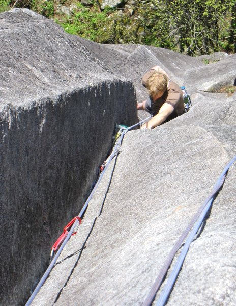 Rock Climbing Photo: Nearing the last corner section of Slow Children (...