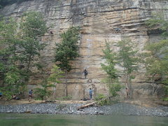 Rock Climbing Photo: Typical crowds at Orange Oswald. Not as crowded in...