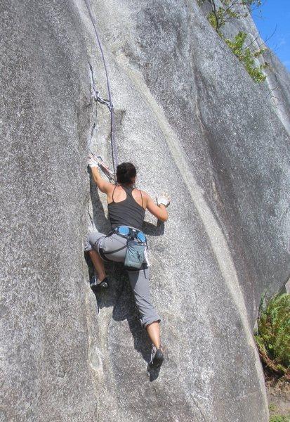 Basque climber Saioa starting up Penny Lane