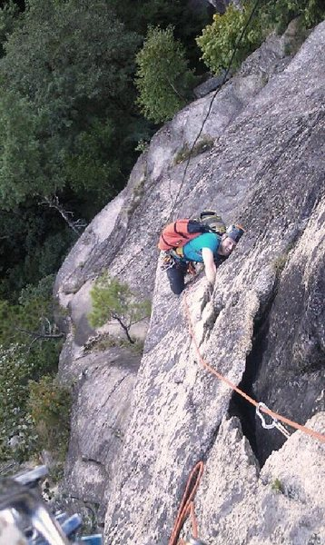 Rock Climbing Photo: Beastin on the flake w/ a backpack full of beers :...
