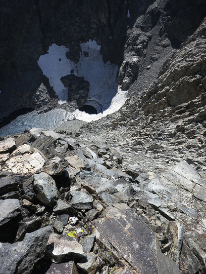 Rock Climbing Photo: The descent route. This is a little after the firs...