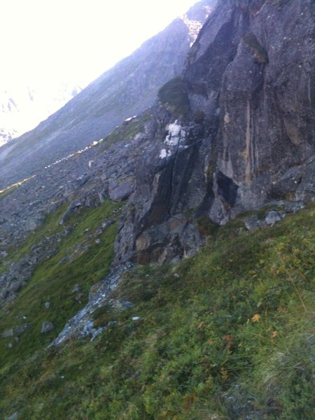 Rock Climbing Photo: Looking down the Green Gully at the Blue Berry Cra...