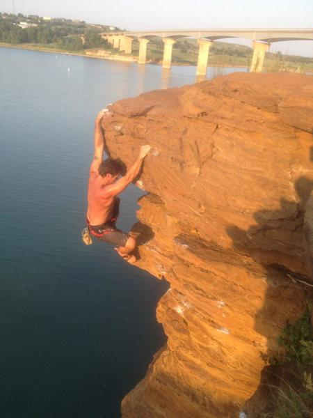 Sean Jones deep water solo. Wilson Lake, Kansas Troll Daddy 5.10